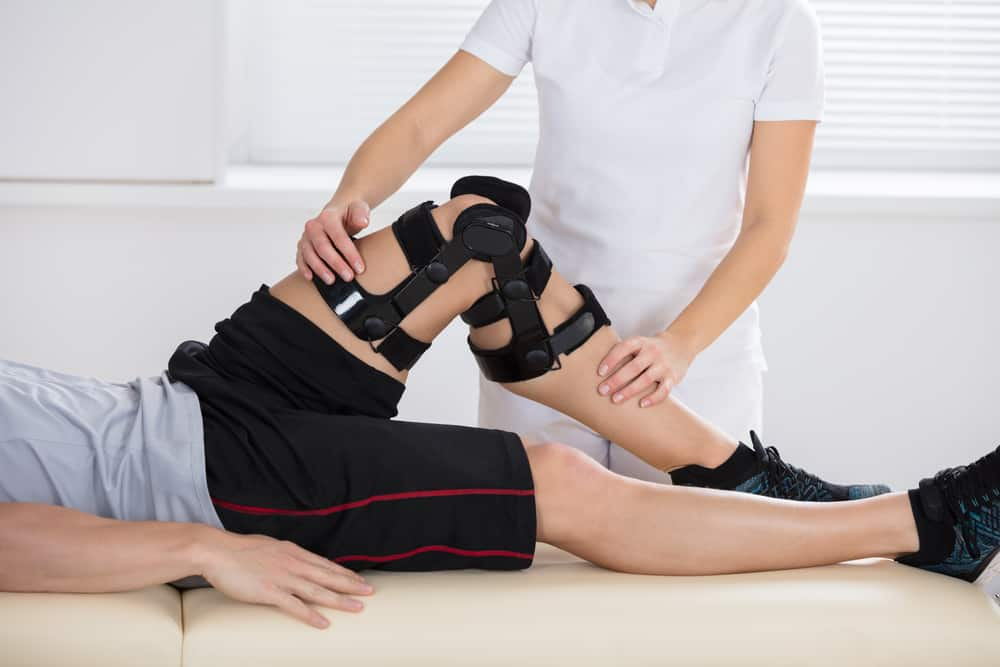Personal Injury Lawyer: Common Knee Injuries and How to Treat Them